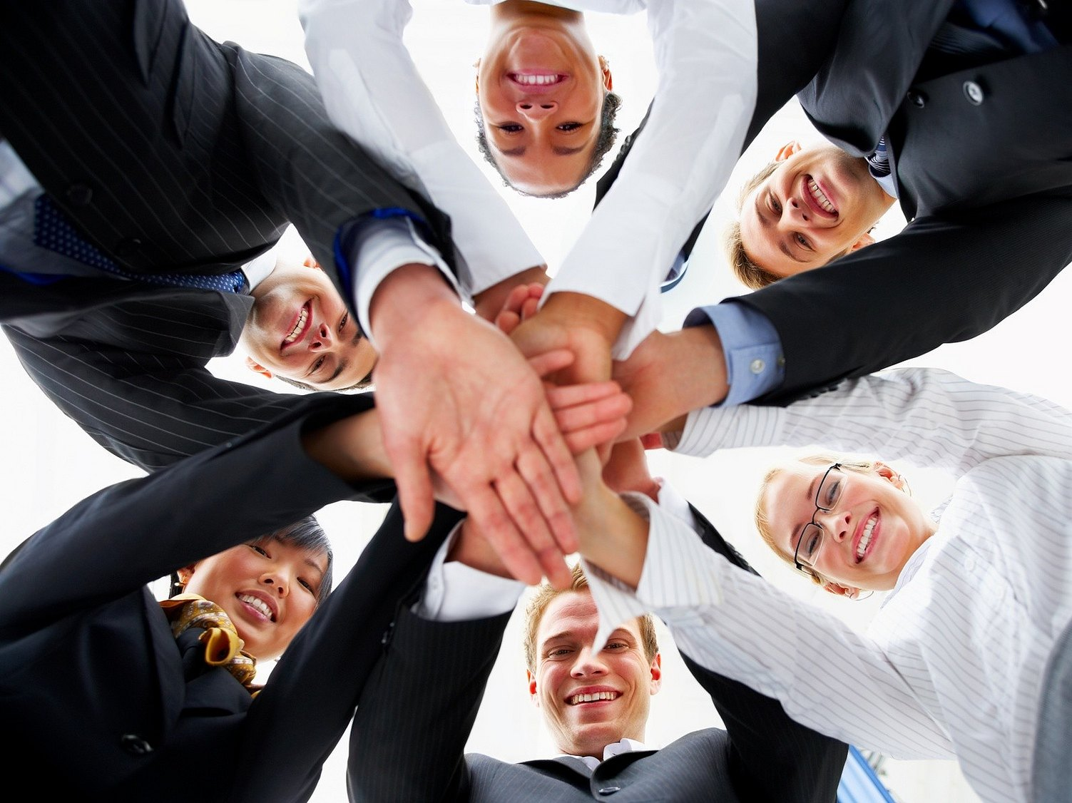 Simple ways for successful team building